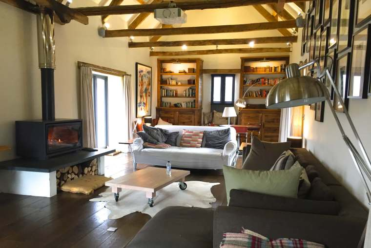 barn-conversion-sitting-room