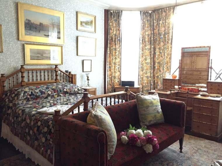 Bedroom-Cragside-Bright