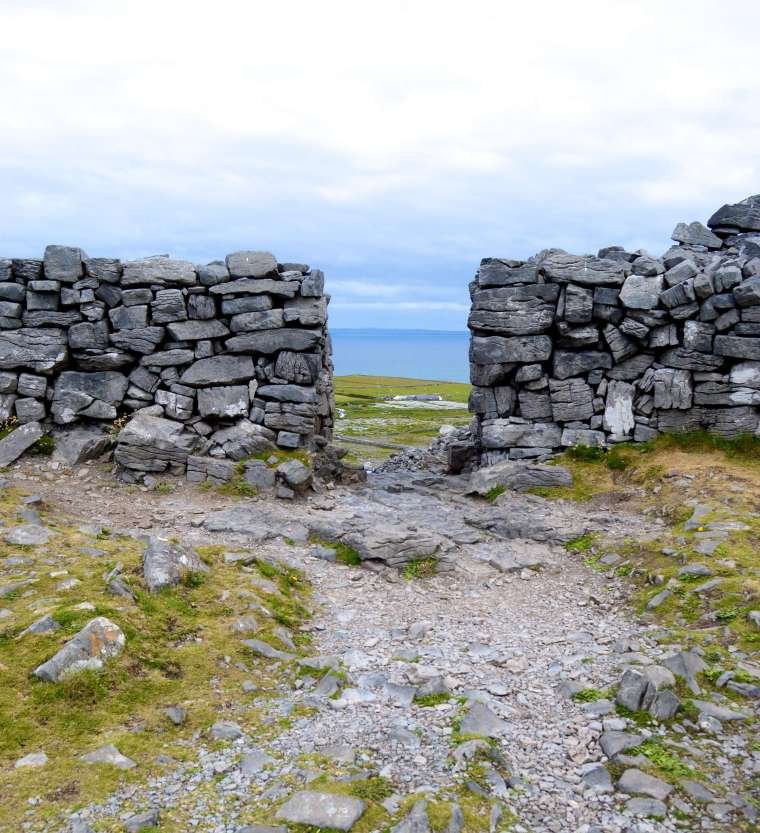 dun-aeonghus-aran-islands