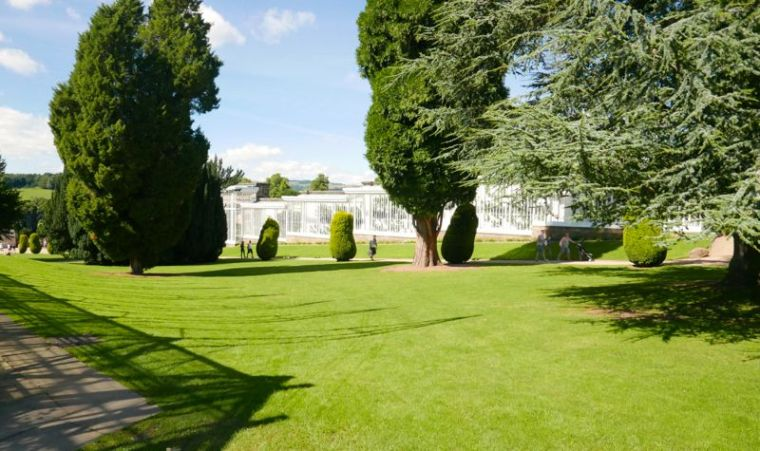 chatworth-outside-1