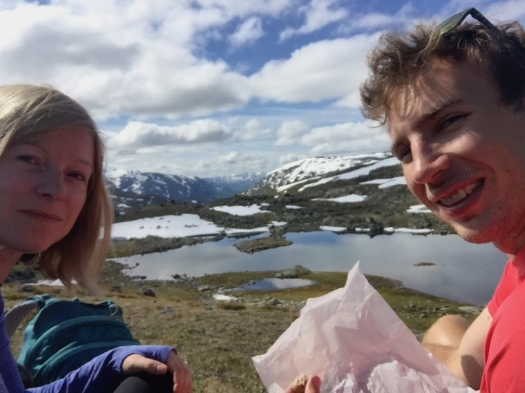 hiking in jotunheimen