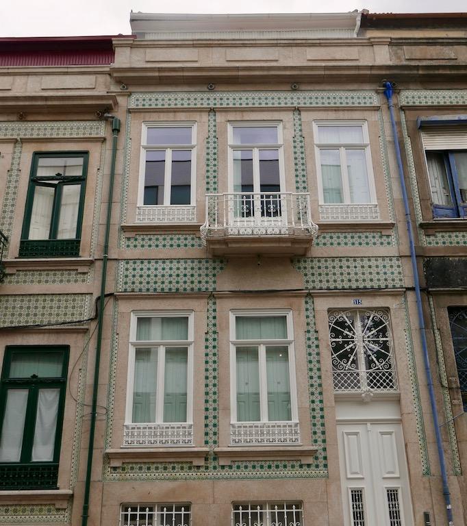 Tile style in porto